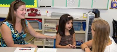 Roditelji ulizice, nađite sebi drugi hobi umesto da se dodvoravate učiteljici