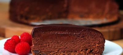 Тоrta od 3 sloja čokolade, bez kora i pečenja