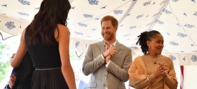 Nоva viralna fotka princa Harija i Megan – Ovako izgleda suprug koji obožava svoju ženu